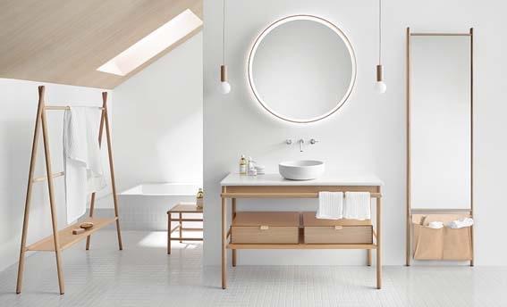 salle de bain blanche bois et cuir