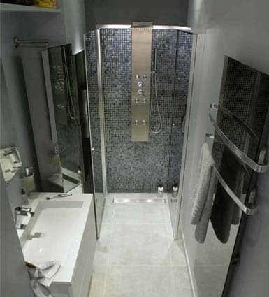petite salle de bain douche à l'italienne