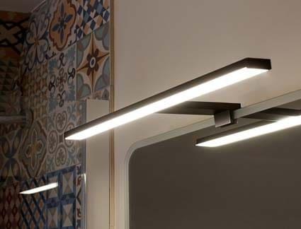 salle de bain Conforama luminaire miroir