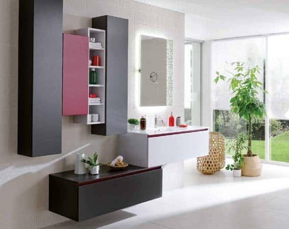 meubles salle de bain Schmidt rouge noir et blanc