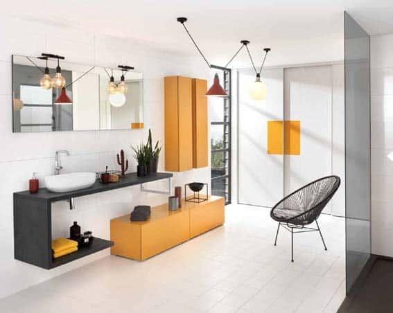 salle de bain Schmidt orange noir et blanc