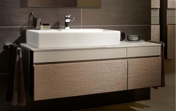 salle de bain chez Aubade meuble et vasque bois et céramique