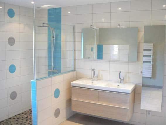 salle de bain clé en main par artisan poseur