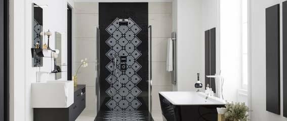 salle de bain en bois noir et bois graphique