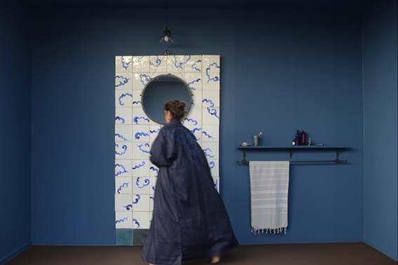 salle de bain grise bleu porcelaine