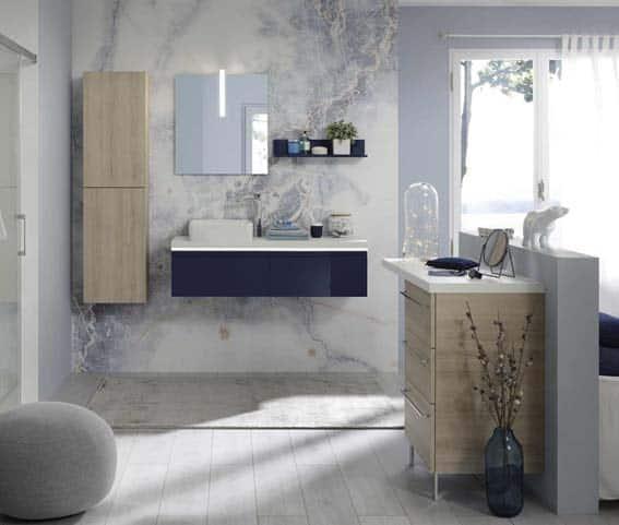 salle de bain grise et bleue marbre