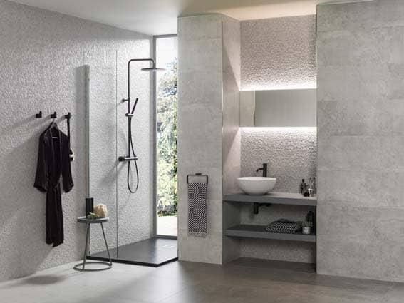 salle de bain Porcelanosa style industriel béton