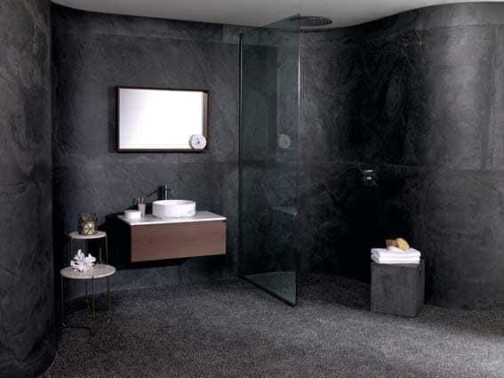 salle de bain Porcelanosa noire